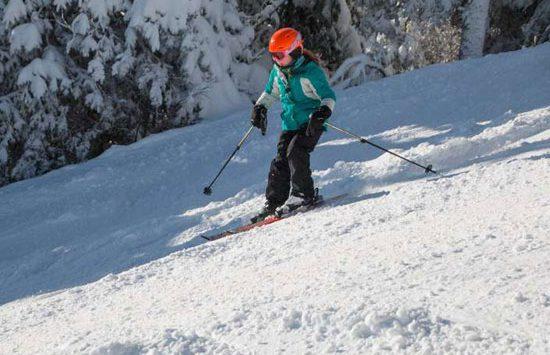 downhill kid skier