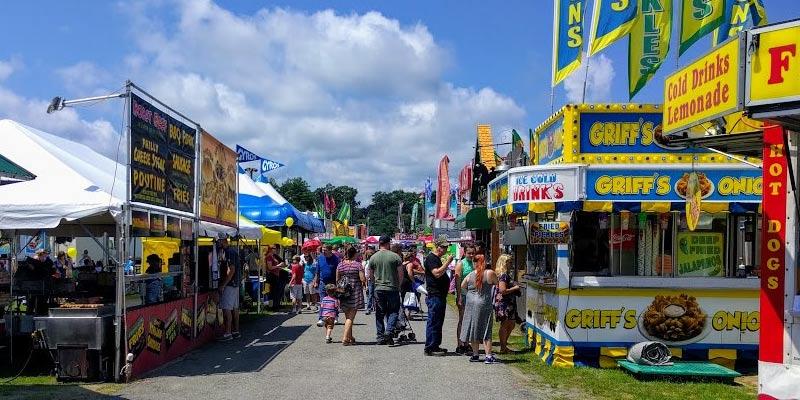 crowd at the Saratoga County Fair near the food vendors