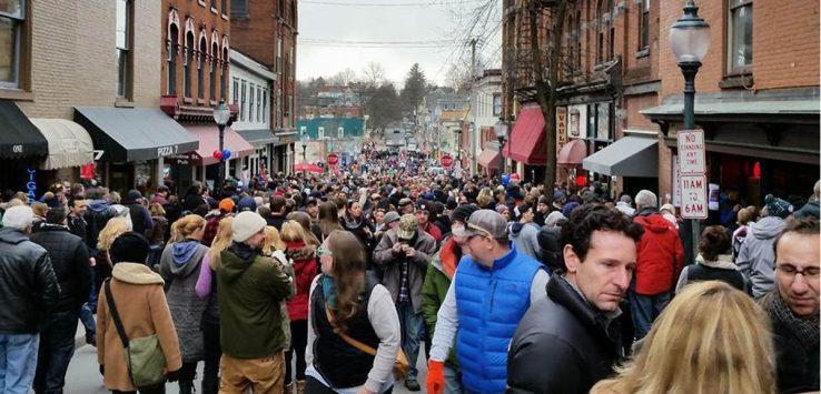 a crowd at saratoga chowderfest