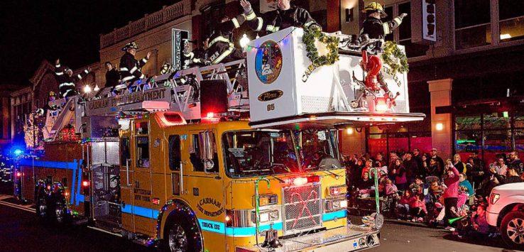 firetruck holiday parade